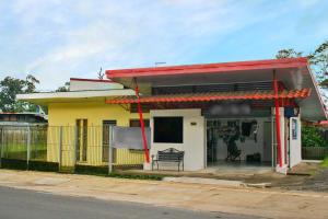 Casa En Ventaen Guapiles, Pococi, Costa Rica, CR RAH: 21-1215