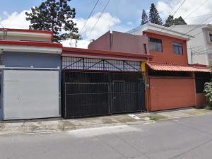 Casa En Ventaen Desamparados, Desamparados, Costa Rica, CR RAH: 21-1220