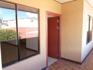 Apartamento En Ventaen San Diego, La Union, Costa Rica, CR RAH: 21-1240