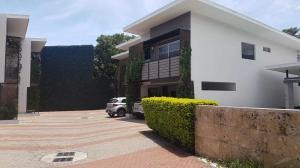 Casa En Ventaen Pozos, Santa Ana, Costa Rica, CR RAH: 21-1247