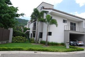 Casa En Alquileren Escazu, Escazu, Costa Rica, CR RAH: 21-1269