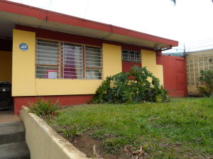 Casa En Ventaen Tibas, Tibas, Costa Rica, CR RAH: 21-1280