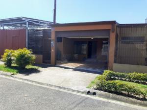 Casa En Ventaen Cartago Centro, Cartago, Costa Rica, CR RAH: 21-1519