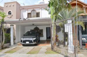 Casa En Ventaen Alajuela, San Rafael De Alajuela, Costa Rica, CR RAH: 21-1398
