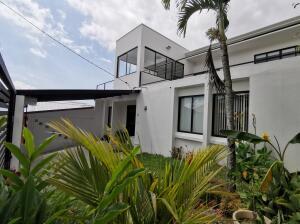 Apartamento En Alquileren Sanchez, Curridabat, Costa Rica, CR RAH: 21-1396