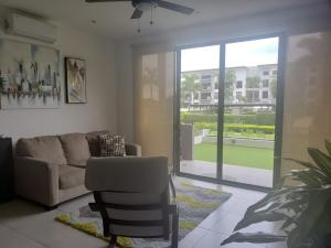Apartamento En Alquileren Brasil De Santa Ana, Santa Ana, Costa Rica, CR RAH: 21-1410