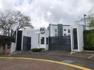 Apartamento En Ventaen Ulloa, Heredia, Costa Rica, CR RAH: 21-1403