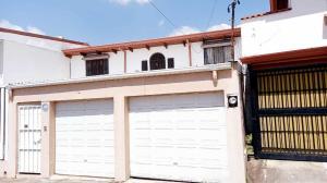 Casa En Ventaen Rohrmoser, San Jose, Costa Rica, CR RAH: 21-48