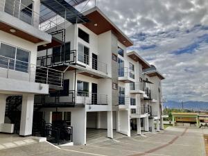 Apartamento En Ventaen San Pablo, San Pablo, Costa Rica, CR RAH: 21-1415