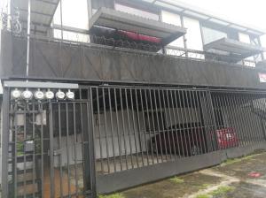 Apartamento En Alquileren Sabana, San Jose, Costa Rica, CR RAH: 21-1436