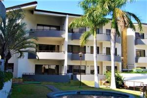 Apartamento En Ventaen Santa Ana, Santa Ana, Costa Rica, CR RAH: 21-1440