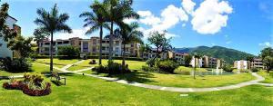 Apartamento En Ventaen Santa Ana, Santa Ana, Costa Rica, CR RAH: 21-1441