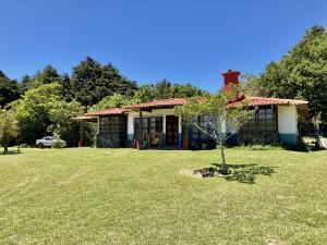 Casa En Ventaen San Rafael De Heredia, San Rafael, Costa Rica, CR RAH: 21-1484