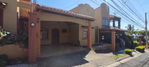 Casa En Ventaen Heredia, Heredia, Costa Rica, CR RAH: 21-1503