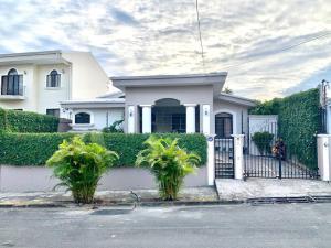 Casa En Ventaen Ciudad Cariari, Belen, Costa Rica, CR RAH: 21-1542