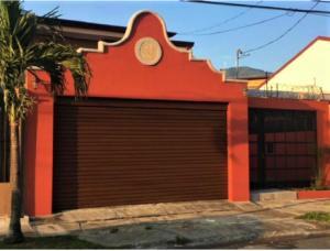 Casa En Alquileren Santa Ana, Santa Ana, Costa Rica, CR RAH: 21-1547