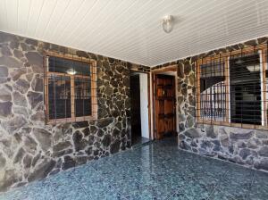 Casa En Ventaen San Rafael De Heredia, San Rafael, Costa Rica, CR RAH: 21-1548