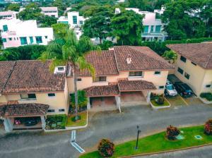 Casa En Ventaen Altos Paloma, Escazu, Costa Rica, CR RAH: 21-1552