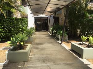 Apartamento En Ventaen Rio Oro, Santa Ana, Costa Rica, CR RAH: 21-1599