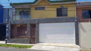 Casa En Ventaen San Francisco De Heredia, Heredia, Costa Rica, CR RAH: 21-1615