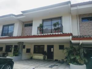 Casa En Ventaen Rio Oro, Santa Ana, Costa Rica, CR RAH: 21-1616