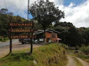 Local Comercial En Ventaen El Jardin, Dota, Costa Rica, CR RAH: 21-1528