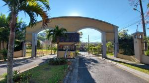 Apartamento En Ventaen San Rafael, Montes De Oca, Costa Rica, CR RAH: 21-1651