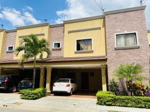 Casa En Ventaen Santa Ana, Santa Ana, Costa Rica, CR RAH: 21-1661