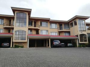 Apartamento En Ventaen Moravia, Moravia, Costa Rica, CR RAH: 21-1687