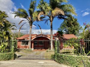 Casa En Ventaen Santa Barbara, Santa Barbara, Costa Rica, CR RAH: 21-1722