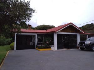 Casa En Ventaen San Rafael De Heredia, San Rafael, Costa Rica, CR RAH: 21-1744