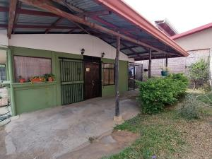 Casa En Ventaen Santo Domingo, Santo Domingo, Costa Rica, CR RAH: 21-1794