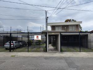 Apartamento En Ventaen Zapote, San Jose, Costa Rica, CR RAH: 21-1803