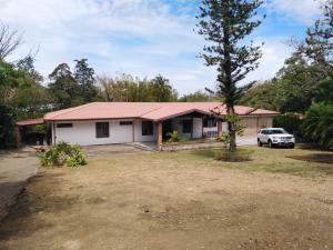 Casa En Ventaen Santa Ana, Santa Ana, Costa Rica, CR RAH: 21-1867