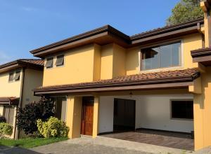 Casa En Ventaen Rio Oro, Santa Ana, Costa Rica, CR RAH: 21-2073