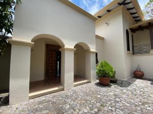 Casa En Ventaen Villa Real, Santa Ana, Costa Rica, CR RAH: 21-1992