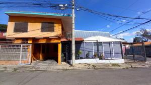 Casa En Ventaen Brasil De Santa Ana, Santa Ana, Costa Rica, CR RAH: 21-1912