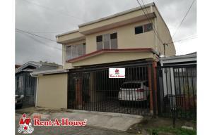 Casa En Ventaen Lomas De Ayarco Sur, Curridabat, Costa Rica, CR RAH: 21-2090