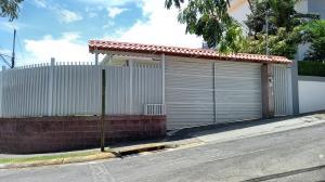 Casa En Ventaen Brasil De Santa Ana, Santa Ana, Costa Rica, CR RAH: 20-1119