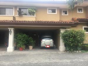 Casa En Ventaen Pozos, Santa Ana, Costa Rica, CR RAH: 21-2101
