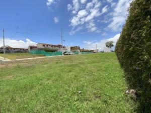 Terreno En Ventaen Santa Rosa, Santo Domingo, Costa Rica, CR RAH: 21-2113