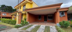 Casa En Alquileren Sabanilla, Montes De Oca, Costa Rica, CR RAH: 21-2153