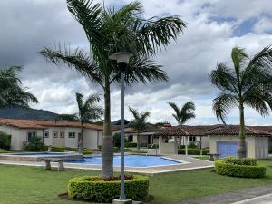 Casa En Ventaen Alajuela, San Rafael De Alajuela, Costa Rica, CR RAH: 21-2164