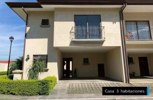 Casa En Ventaen San Antonio, Belen, Costa Rica, CR RAH: 21-2181