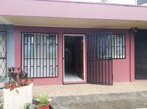 Casa En Ventaen Desamparados, Desamparados, Costa Rica, CR RAH: 21-2189
