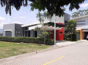 Casa En Alquileren Turrucares, Alajuela, Costa Rica, CR RAH: 21-2200