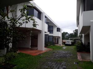 Casa En Alquileren Granadilla, Curridabat, Costa Rica, CR RAH: 21-2201