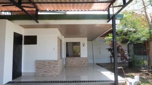 Apartamento En Alquileren Rio Oro, Santa Ana, Costa Rica, CR RAH: 21-2214