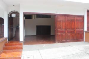 Casa En Ventaen San Rafael Escazu, Escazu, Costa Rica, CR RAH: 21-2222