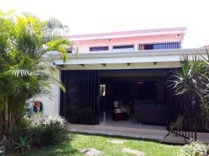 Casa En Ventaen Granadilla, Curridabat, Costa Rica, CR RAH: 21-2229